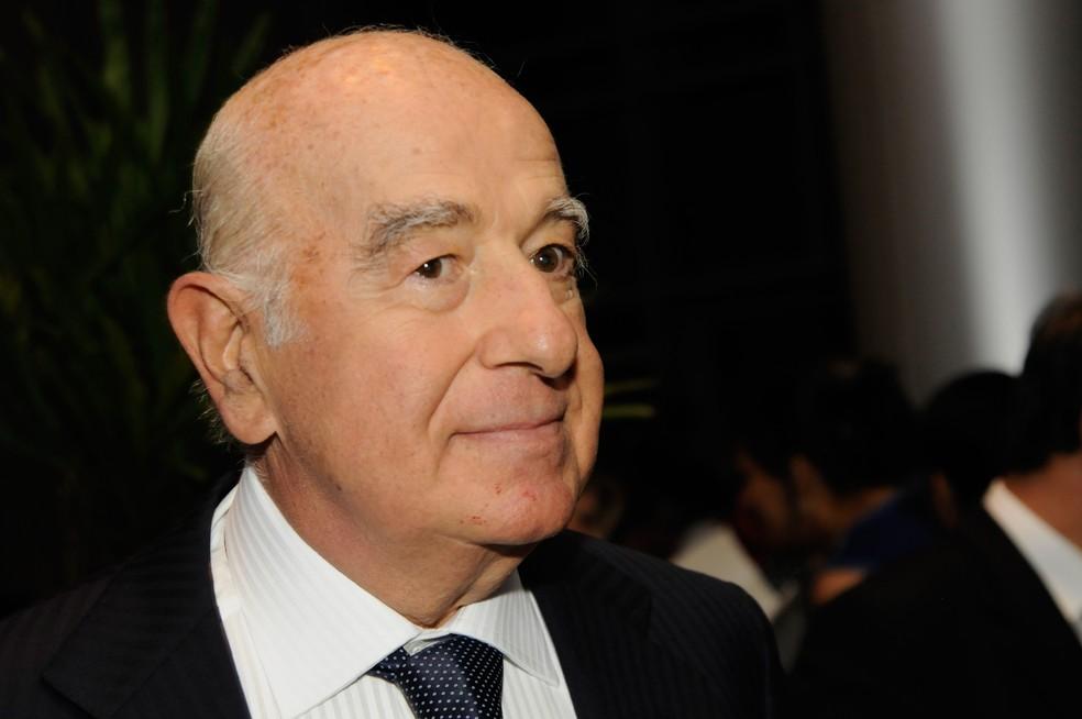 Banqueiro mais rico do mundo, Safra construiu conglomerado que inclui de imóveis a bananas