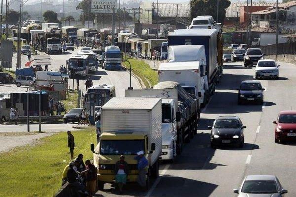 Por caminhoneiros, governo pode cortar benefício a pessoas com deficiência